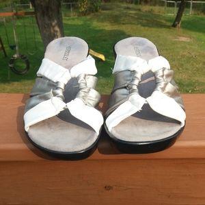 Aerosoles wedge sandals Black & White Size…